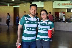 19042019 Raymundo y Karla.