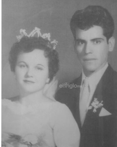 Rosa Valdés de Rosales y Juan Rosales Carrillo el 24 de mayo de 1958