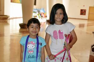 21042019 Ana Karen y Abril.
