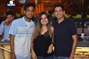 25042019 Cristian, Sofía y Chava.