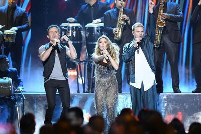 Arman fiesta latina en los Premios Billboard 2019