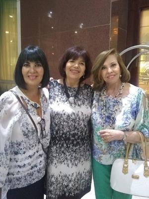 26042019 CELEBRAN ANIVERSARIO.   Gina, Chepis de Pérez y Kena Moreno en el Centro de Integración Juvenil al cumplir 50 años de su  fundación.
