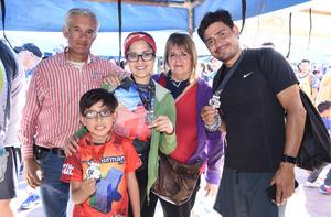 Gerardo, Vero, Luis Daniel, Verónica y Luis