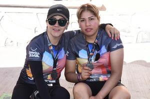 Montserrat Martínez y Marcia Gómez
