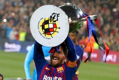 """Los """"culés"""" lograron su segundo campeonato consecutivo y octavo en las últimas 11 temporadas a falta de tres jornadas en la liga, ahora puede enfocarse en las semifinales de la Champions League, que disputará ante Liverpool."""