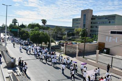 Señalaron una sobrepoblación de más de un 50 por ciento de su capacidad instalada de las unidades médicas en la Comarca Lagunera, principalmente de la clínica 16 que es la más grande.