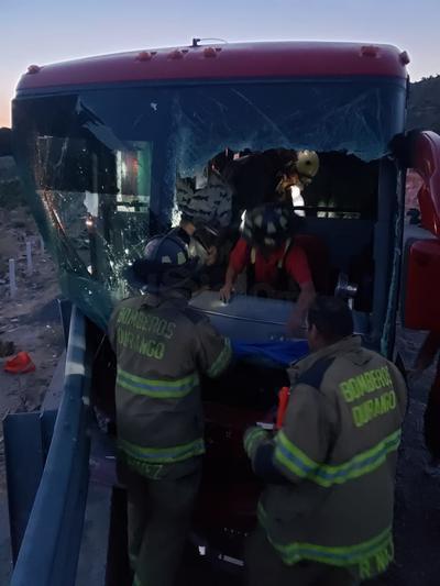 Rampa de frenado salva a camión de voladero en la 'Súper'