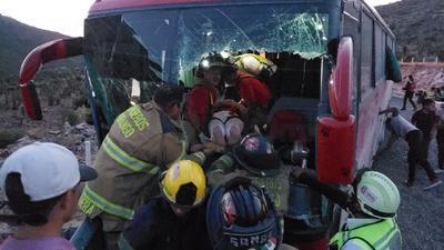 En el camión viajaban más de 35 personas.
