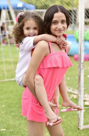 Valentina y Mariana