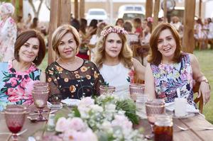 Magdalena González, Connie Borrego, Mayela Casale y Lula Azuela