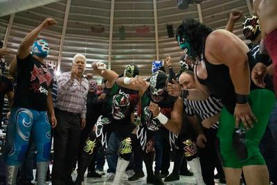 Blue Demon Jr, Canek Jr, e Hijo del Espectro Jr vencieron a Dr. Wagner Jr, Hijo del Dr. Wagner y Galeno del Mal, dieron una espectacular lucha.