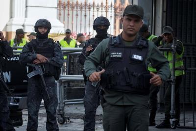 Fuerte movilización se registró en la Asamblea Nacional venezolana.