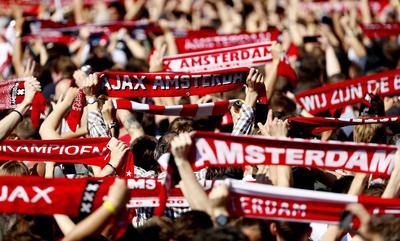 El club Ajax de Ámsterdam se proclamó campeón de la Eredivisie de Holanda.