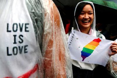 Un impulso para los activistas por los derechos LGBT tras más de dos décadas de campaña.