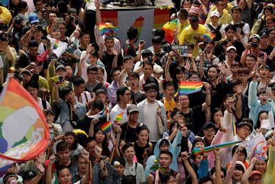 El parlamento de Taiwán legalizó los matrimonios entre personas del mismo sexo.