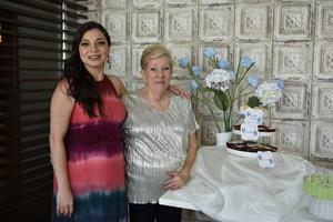 18052019 Alejandra Rodarte de Rosas y su mamá Luz María Rodarte.