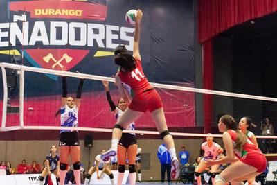 En más partidos, Puerto Rico venció en tres sets a Guatemala, en lo que fue el partido inaugural, con parciales de 20-25, 13-25 y 23-25.