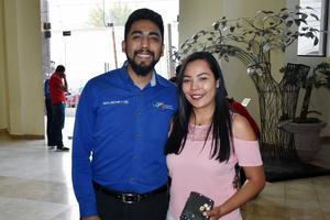 23052019 Gerardo y Zaira.