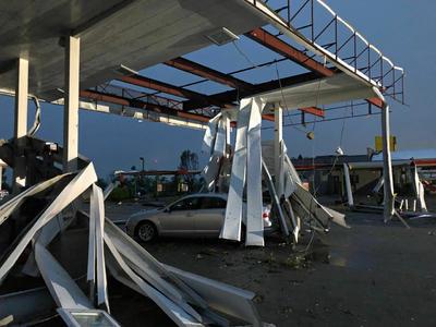 Se informó de por lo menos 29 tornados.