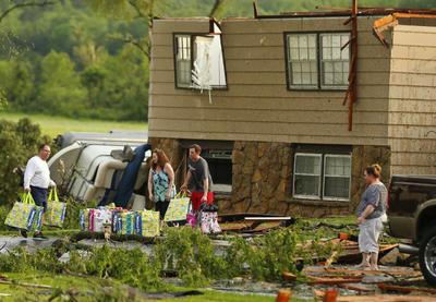 Un tornado devastó en las últimas horas a Kansas City.