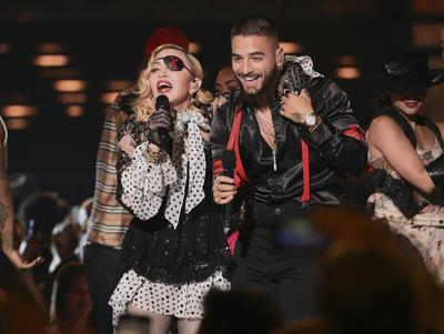 2019 BillbAunque una de las actuaciones más destacadas y esperadas fue la de Madonna y el reguetonero colombiano Maluma, que interpretaron en directo el single 'Medellín' haciendo gala de un vestuario al estilo pirata.oard Music Awards - Show