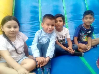 Niños en su festejo.