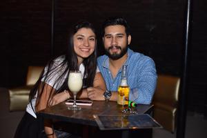 03052019 EN PAREJA.  Ana Cecy y Adolfo.