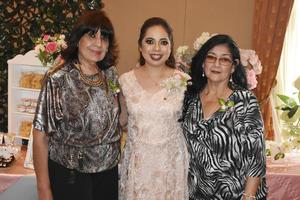 04052019 Amelia Moreno de Robles, Karla Robles Moreno y María de la Luz Mireles de García.