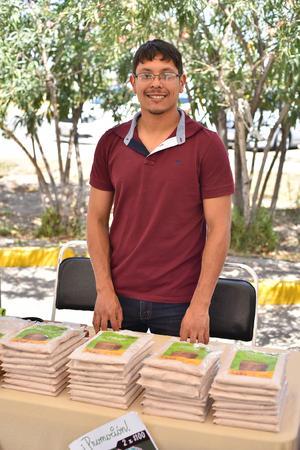 04052019 EXPO DE ARTESANíAS.  Omar.