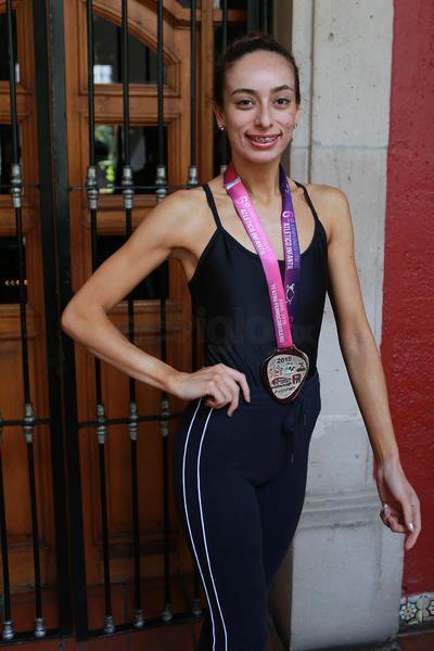 La maestra de ballet de las niñas, Sofía, ganó el segundo lugar nacional en fitness coreográfico hasta 22 años. Regina Monserrat Muñoz se trajo el sexto lugar hasta 15 años.