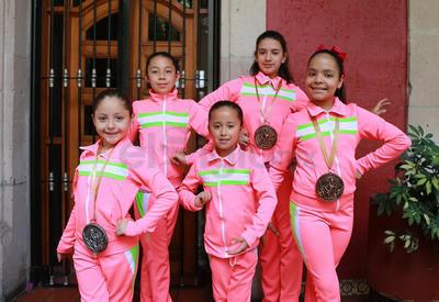 La delegación de Durango se trajo 17 medallas del Campeonato Nacional, en donde además Durango consiguió dos boletos al Mundial de la disciplina.