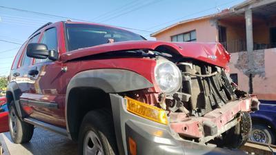 El incidente ocurrió poco antes de las 09:00 horas de este lunes.