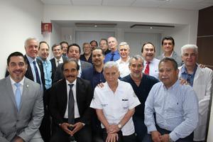 05052019 LA FOTO DEL RECUERDO.  Médicos especialistas presentes en la inauguración de la nueva Unidad de Maternidad del Sanatorio Español.