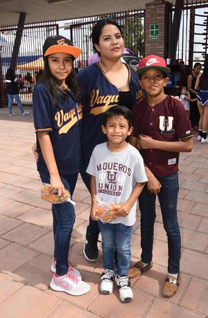 06052019 Marco, Diego, Marifer y Paula.