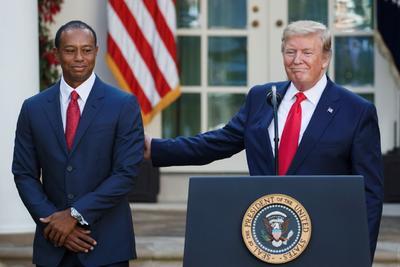 De este modo, Woods se convirtió en el cuarto golfista estadounidense de la historia en recibir este reconocimiento, después de Arnold Palmer, Jack Nicklaus y Charlie Sifford.