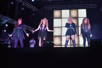 Rocío Banquells, Dulce, María del Sol y Manoella Torres trajeron su espectáculo a La Laguna.