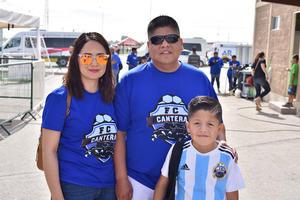 07052019 Priscila, Omar y Ángel.