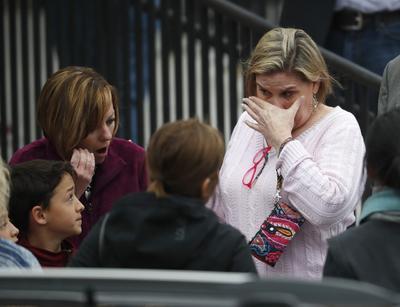Nicholson Kluth explicó que, en este caso, se implementó el protocolo que fue evolucionando a partir de la masacre en la Escuela Columbine, también al sur de Denver, donde el 20 de abril de 1999 dos estudiantes mataron a 12 alumnos y a un maestro antes de suicidarse.