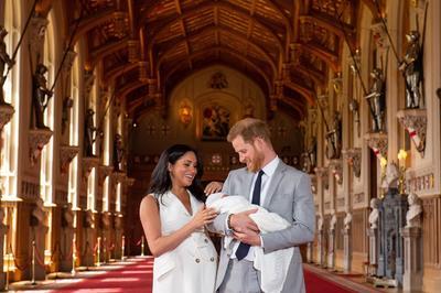 El evento se realizó en el Salón de San Jorge del castillo de Windsor.