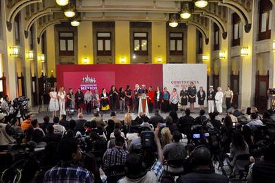 López Obrador festejó a las madres este 10 de mayo.