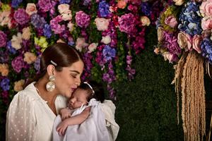 10052019 Makarena con su hijita Lucía.