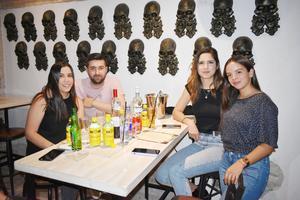 Nora, Gerardo, Zaya y Anilú