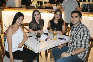 Paulina, Karla, Ana Sofía y Alejandro