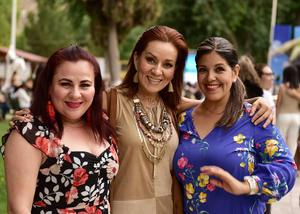 Gina, Mayela y Norma