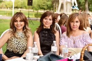 Lucía, María Antonieta y Alma