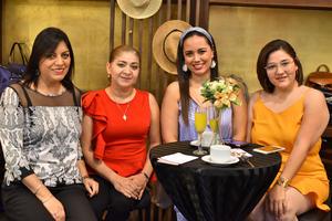 Carolina, Paty, Valeria y Dayan