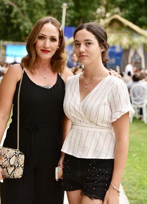 Lorena y Ana Paula