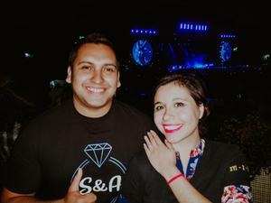 11052019 Andrés Alejandro  y Ana Sofía en el concierto de Shakira en Monterrey, Nuevo León.