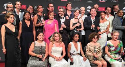 EUM20190513ESP01  EUM20190513ESP01.JPG  PLAYA DEL CARMEN, QR. Awards/Premios-Platino.- Aspectos de los Premios Platino, que se llevaron a cabo la noche del domingo 12 de mayo de 2019. En la imagen los ganadores de la noche, entre los que sobresalen el elenco y equipo de