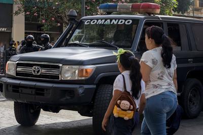 Fuerzas de seguridad toman la Asamblea Nacional venezolana